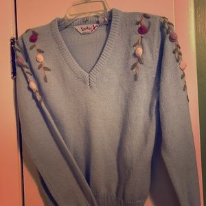 Baby blue Vintage Sweater with 3 Dimensional roses